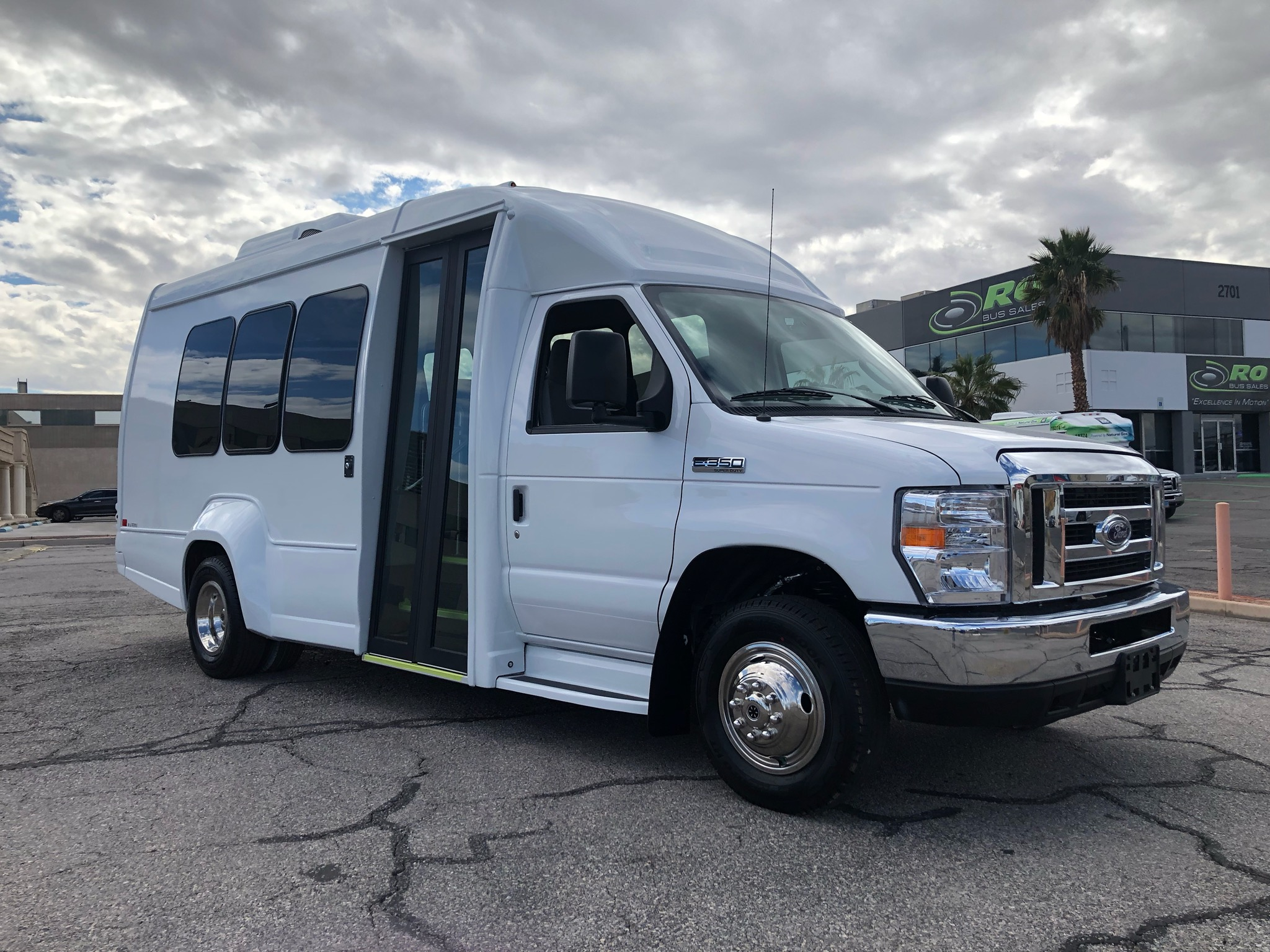 Class Z-2 Ford E-450 All Electric Shuttle Bus