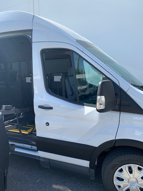 2019 Ford Transit Medium Roof 148WB